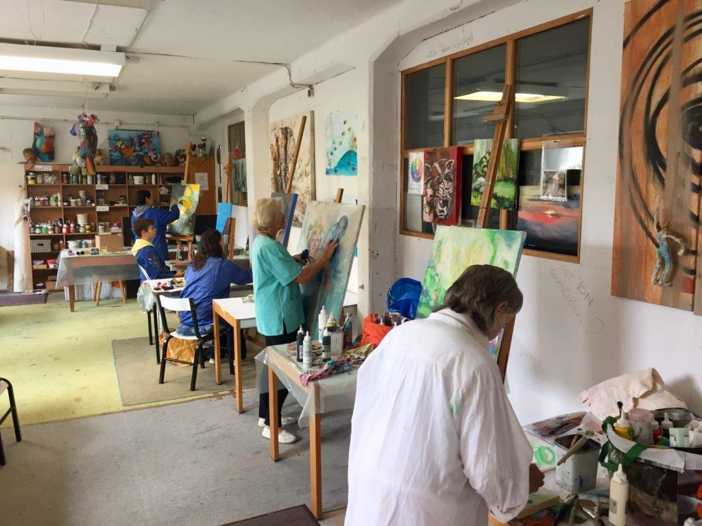 Dienstag Malerinnen